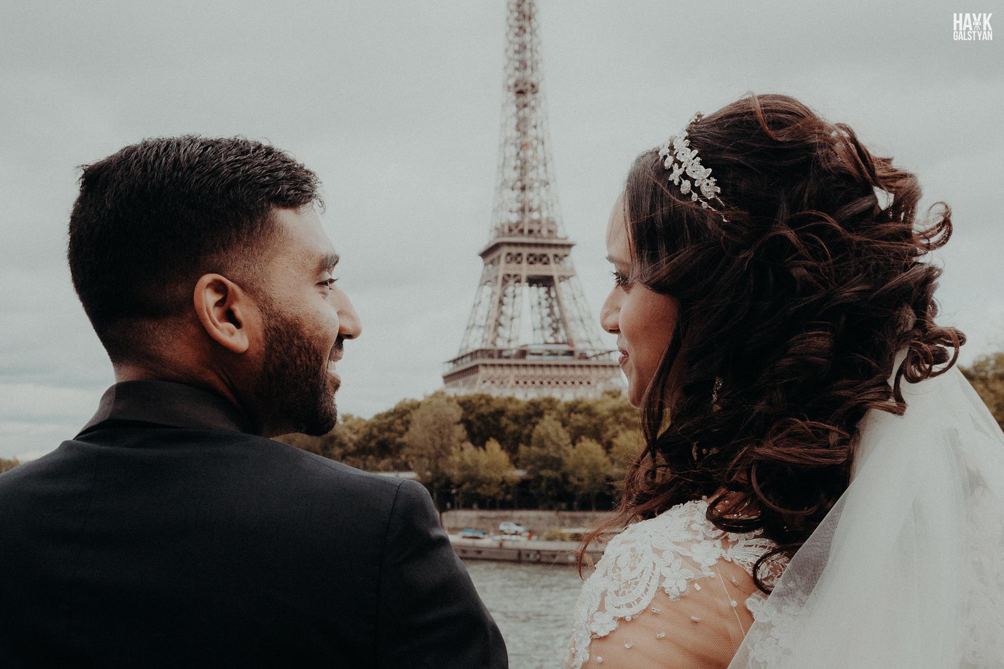Paris wedding Eiffel Tower by Hayk Galstyan