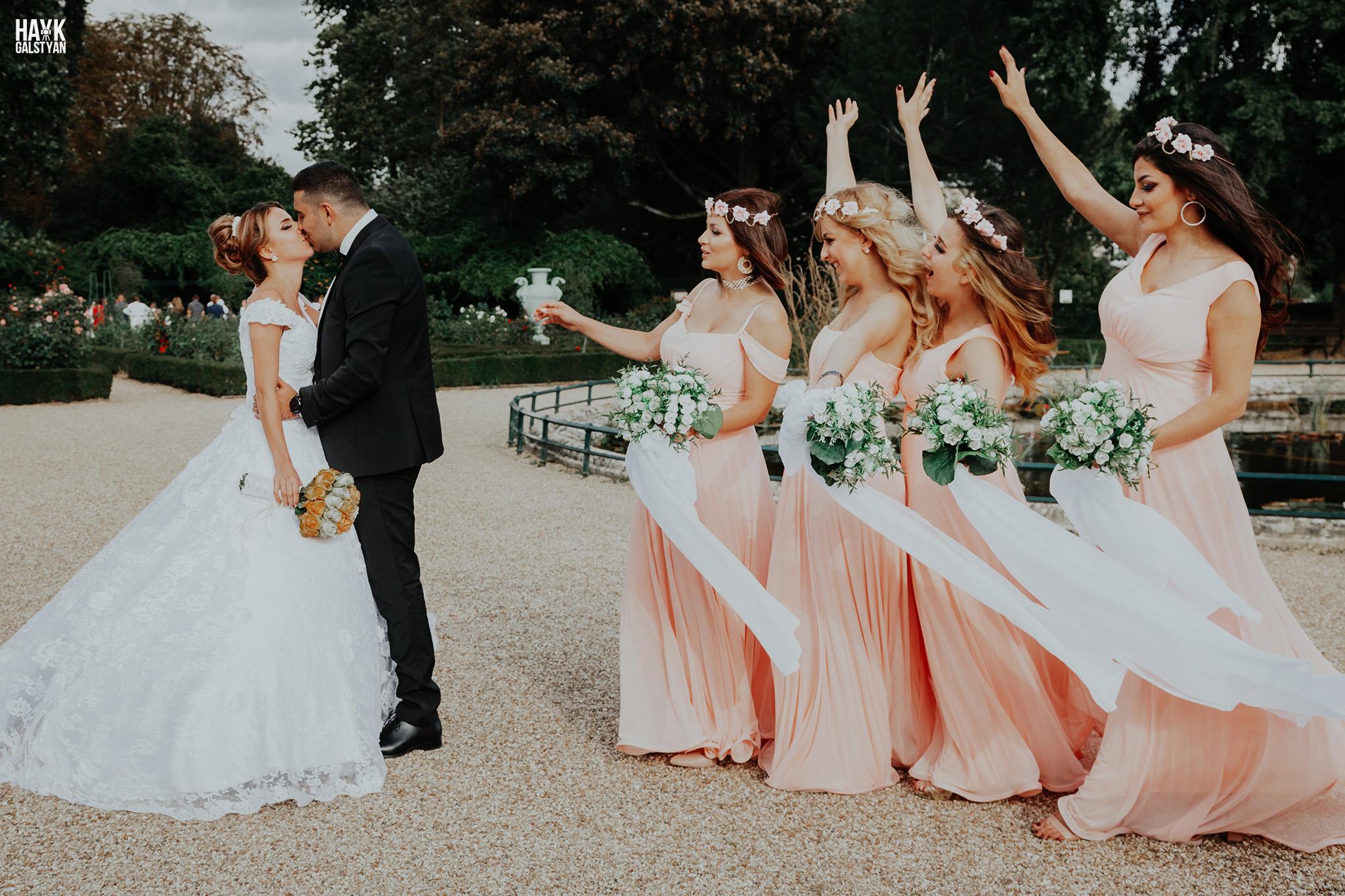 Bride and groom with Bridesmaids in Paris