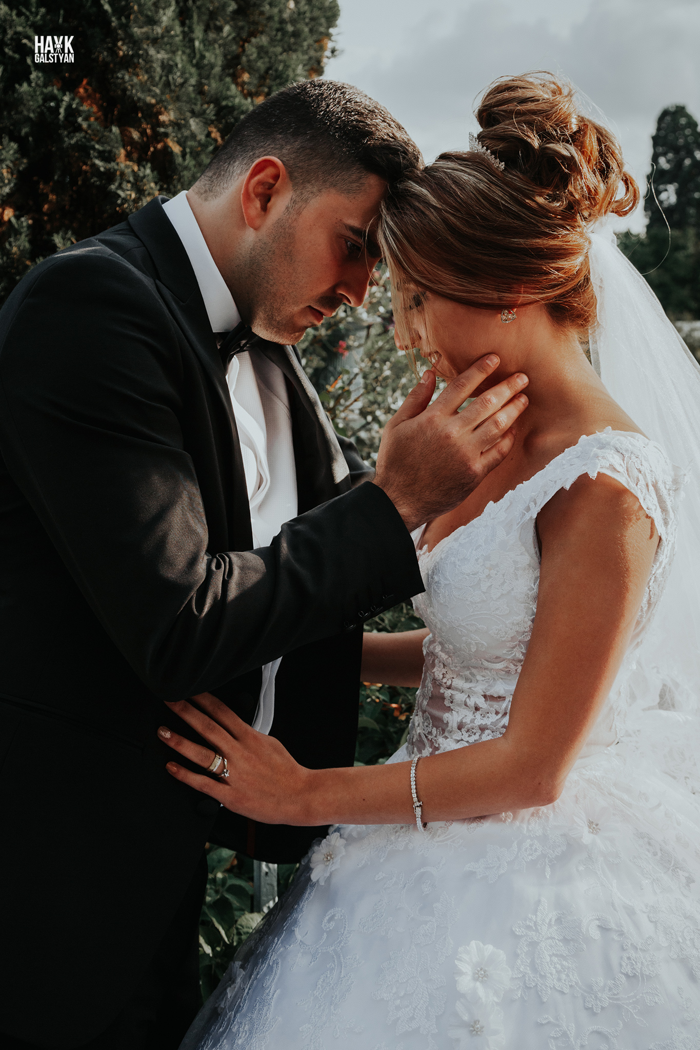 Bride and Groom in Paris by photographer Hayk Galstyan